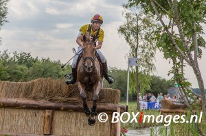 Henri Ruiter tijdens cross county in Outdoor Helvoirt
